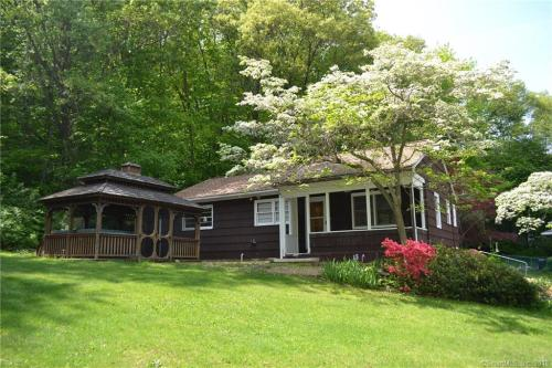 35 Bissell Place Photo 1
