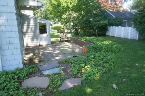 38 Mohican Road Photo 1