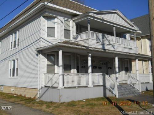 441 Newfield Avenue Photo 1