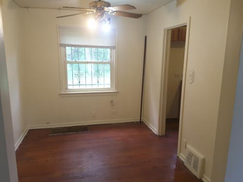 9526 S Bensley #HOUSE Photo 1