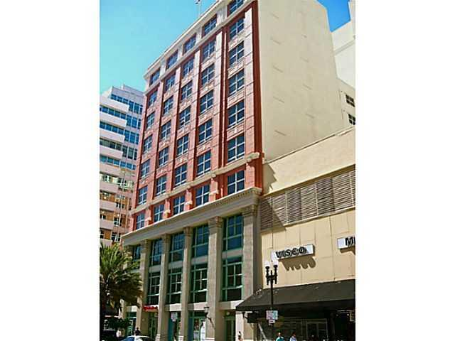2 bed, $1,750 301 Photo 1