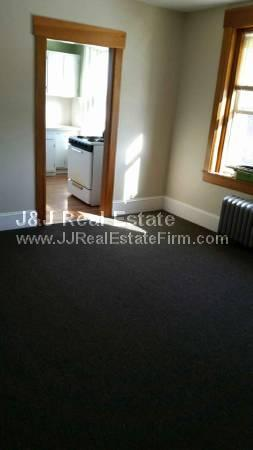 2 bed, $925 8 Photo 1