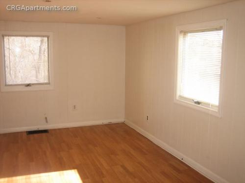 3 bed, $1,900 1 Photo 1