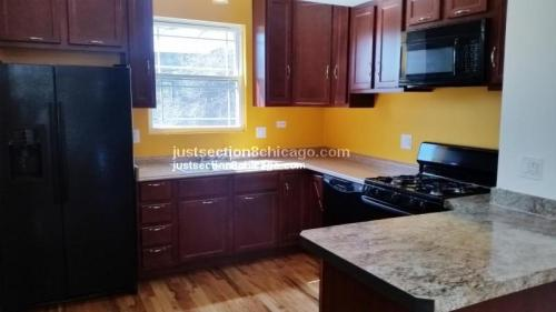 3 bed, $1,350 2W Photo 1