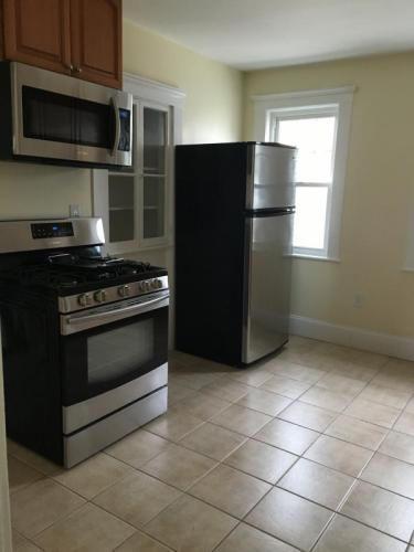 2 bed, 1150 sqft, $2,300 Photo 1
