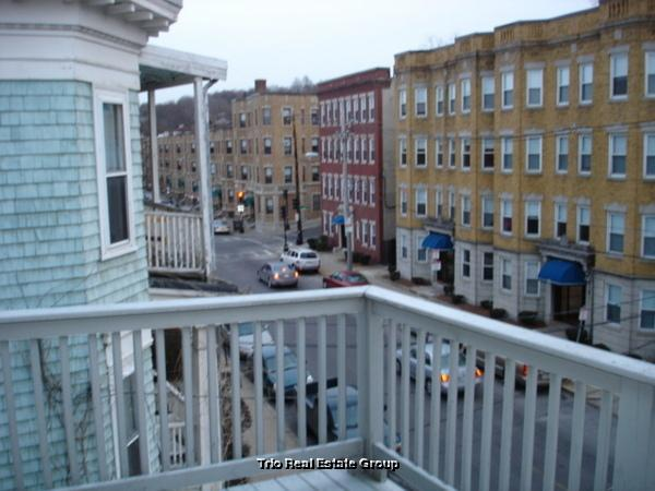 3 bed, $2,600 3 Photo 1
