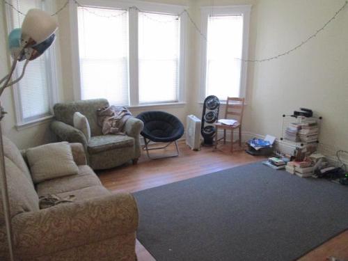 10 Lorraine Terrace #4 Photo 1