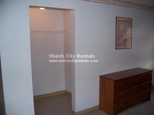 Studio, $900 1 Photo 1