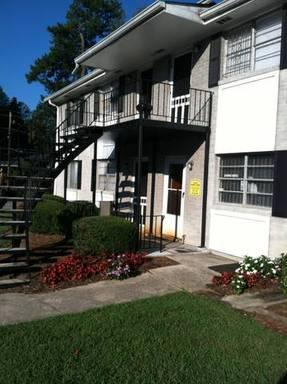 1073 Hollywood Road - Westview Terrace Apartments Photo 1