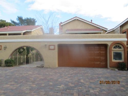 2972 Bel Air Dr Photo 1