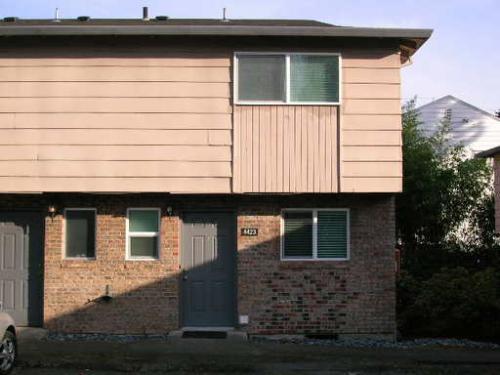 4423 Cornwall Street Photo 1