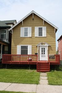 1315 Hughitt Avenue Photo 1