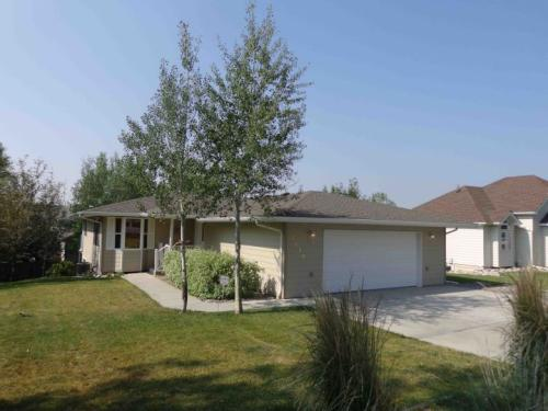 3134 Turnberry Circle Photo 1