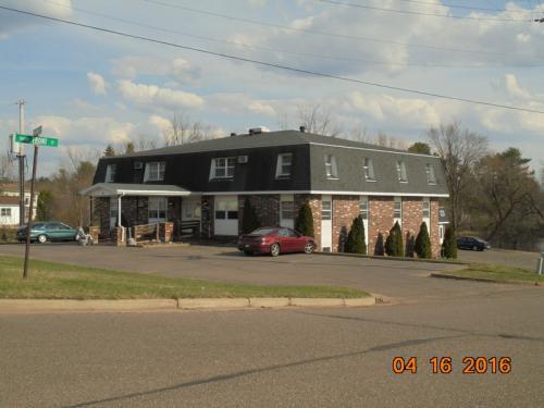101 E Maple Street #311 Photo 1