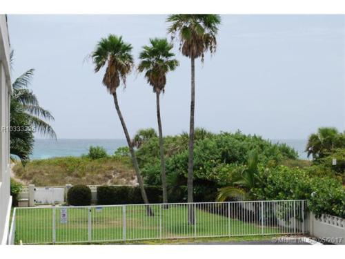 125 S Ocean Avenue Photo 1