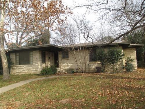 5807 Shoalwood Avenue Photo 1