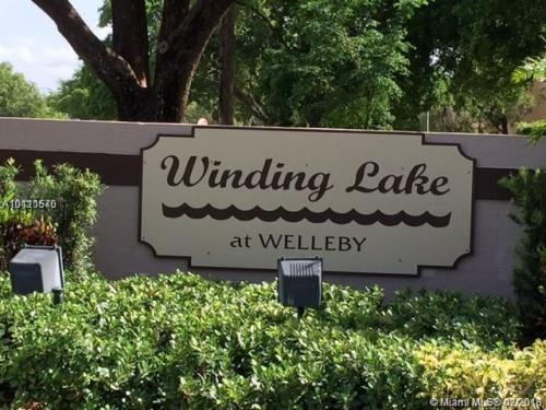 10046 Winding Lake Road Photo 1