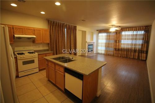 6049 Clifton Hollow Street Photo 1