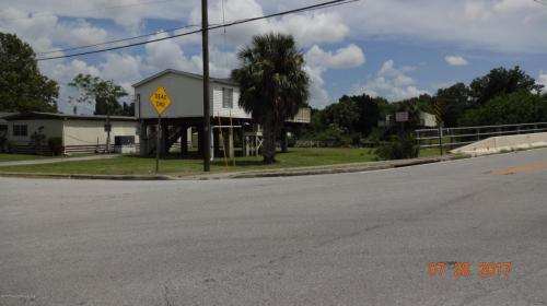 7114 Wilcox Drive Photo 1