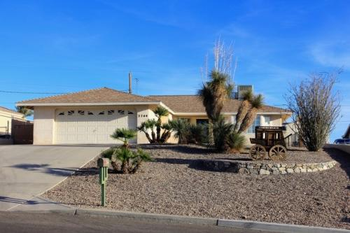 3744 Clearwater Drive Photo 1