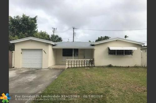 3231 NW 18th Court Photo 1