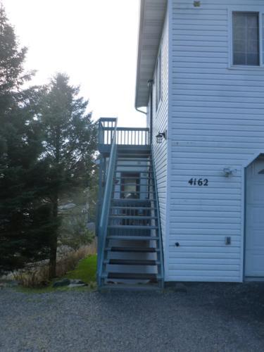 4162 Parkside Drive Photo 1