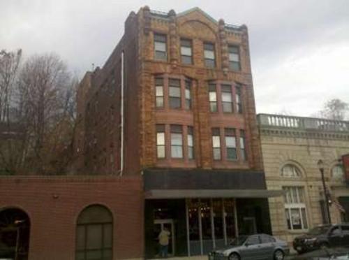 185 Main Street Photo 1