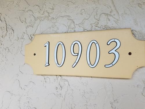 10903 W Gem Street Photo 1