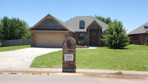 1243 Red Rock Drive Photo 1