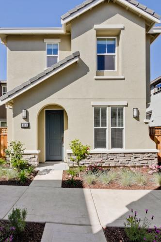 630 Montage Circle PULGAS HOME Photo 1